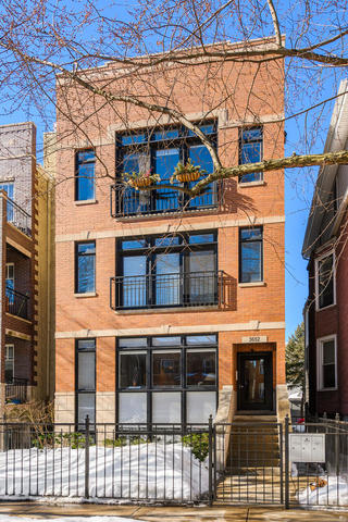 3652 N Damen Avenue Unit 2