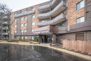 850 Wellington Avenue Unit 303