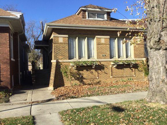 8212 S Kenwood Avenue - Photo 1 of 23