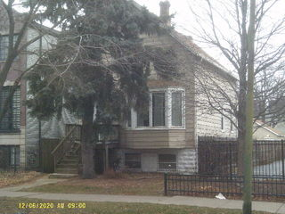 5703 N Ravenswood Avenue