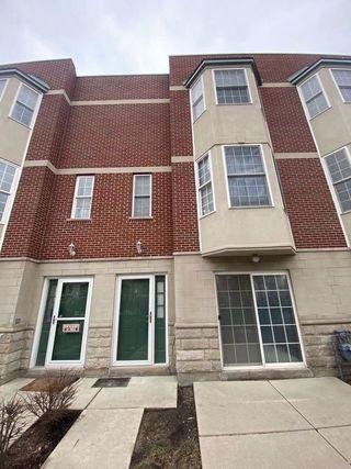 2340 W Adams Street Unit2