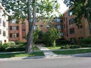 2700 W Lunt Avenue Unit102