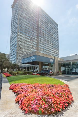 4800 S Chicago Beach Drive Unit 711S