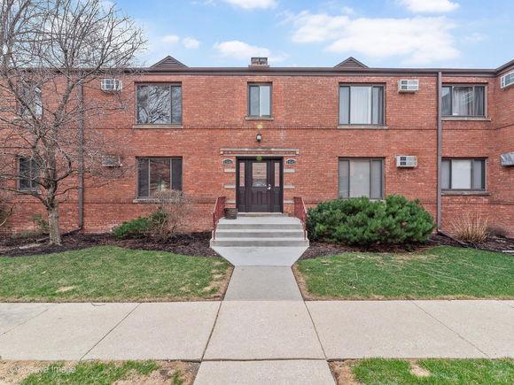 1540 Ashland Avenue Unit1B - Photo 1 of 16