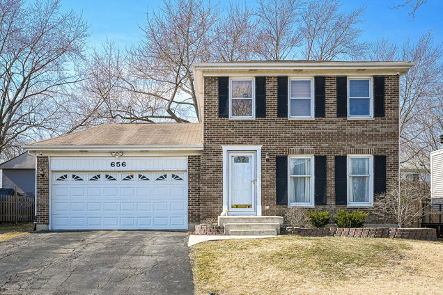 656 Iroquois Trail - Photo 1 of 28