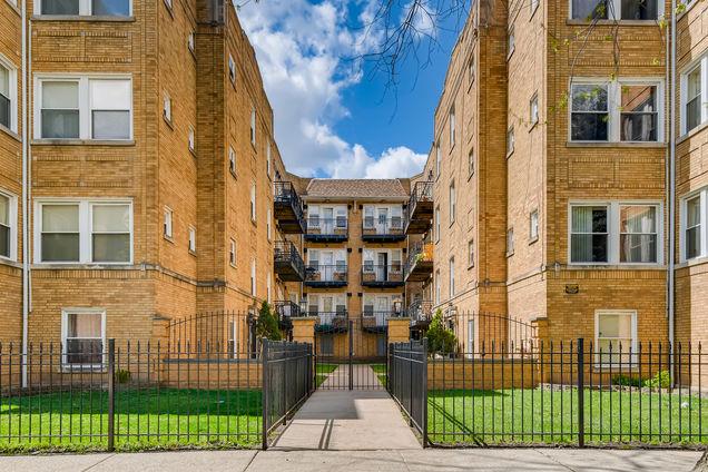 4816 N Avers Avenue Unit2E - Photo 1 of 11