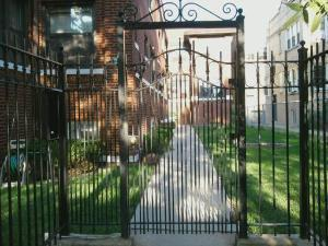 4931 N Avers Avenue Unit2 - Photo 1 of 15