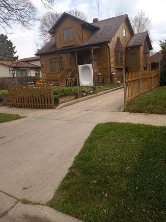 951 Muirfield Avenue - Photo 1 of 4