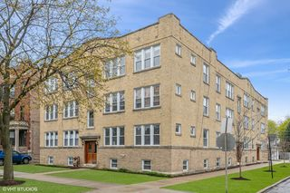 4456 N Kenneth Avenue Unit 3