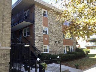 4730 N Kenneth Avenue Unit1E