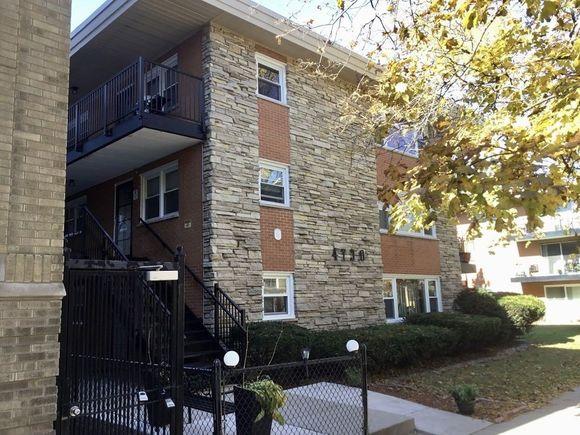 4730 N Kenneth Avenue Unit1E - Photo 1 of 38