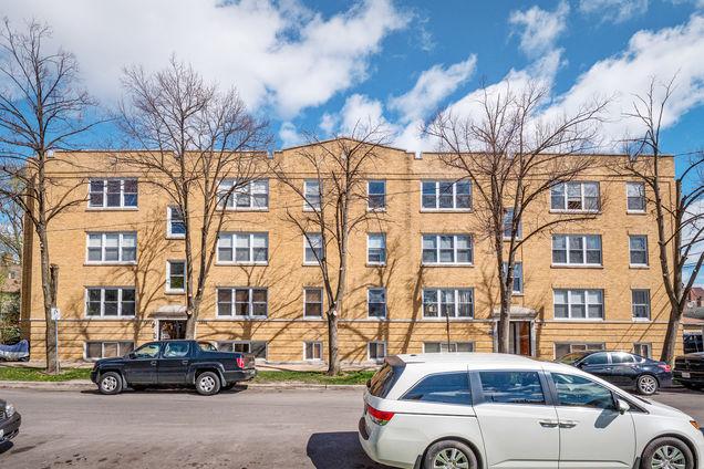 3416 W Cullom Avenue Unit3 - Photo 1 of 15
