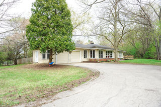 25992 W Indian Trail Road