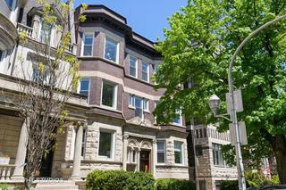 522 W Oakdale Avenue Unit 1W