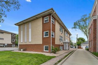 1411 W Cossitt Avenue Unit B2