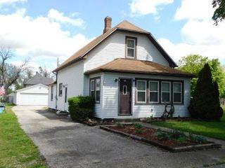 208 E Oak Street