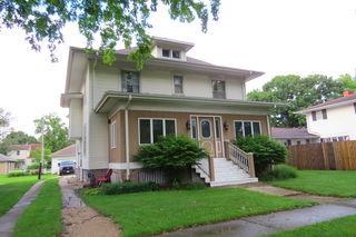 104 W Chestnut Street
