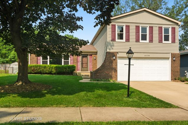6s106 Country Drive - Photo 1 of 20