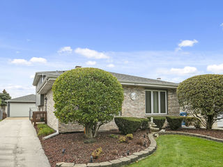 5217 W 120th Place