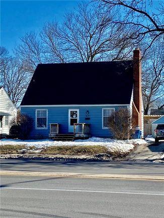 5657 N Keystone Avenue - Photo 1 of 19