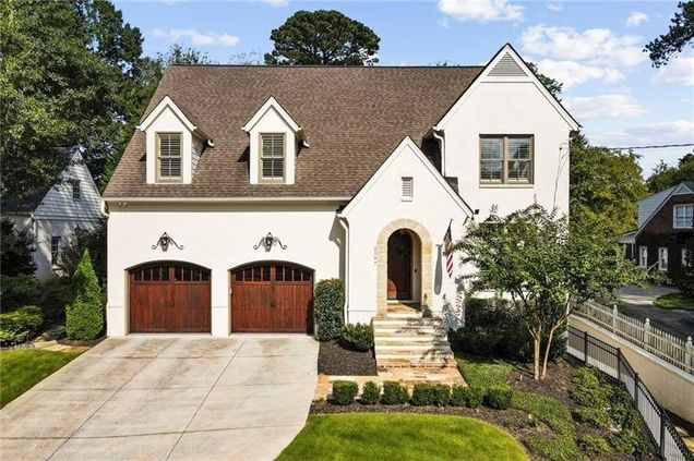 2197 Howell Mill Road NW - Photo 1 of 53