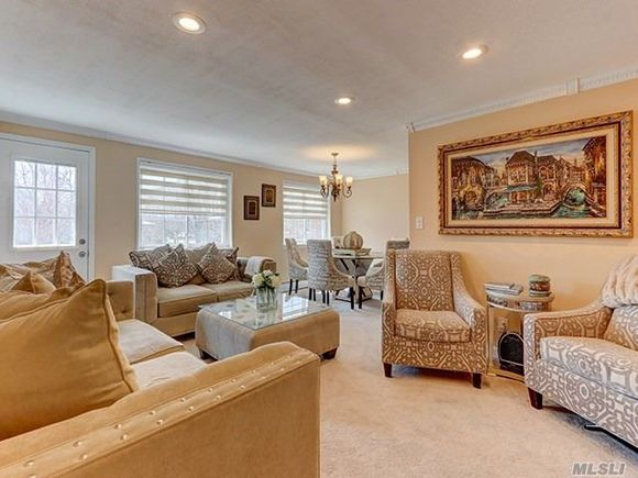 See All Homes In East Farmingdale, ...