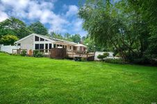 3 Five Acre Ct