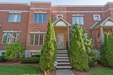 424 East Oakwood Boulevard Unit 10