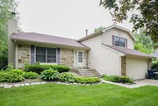 720 MULBERRY Court