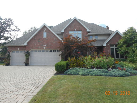 124 Augusta Drive Palos Heights Il 60463 Mls 10325490 Estately
