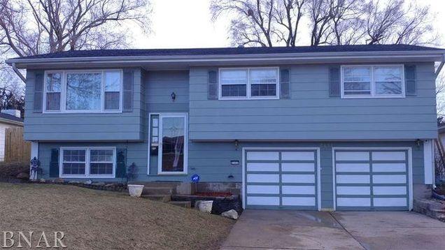 Cool 2131 Gary Court Decatur Il 62521 Mls 10373086 Estately Home Interior And Landscaping Ponolsignezvosmurscom
