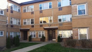 6819 North Seeley Avenue Unit 2C