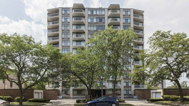 3100 South King Drive Unit 902