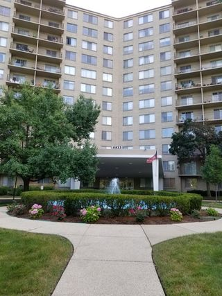 6933 North KEDZIE Avenue Unit 306