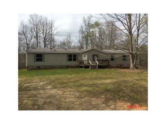 Pleasant 1011 Mallard Court Madison Ga 30650 Mls 5829343 Estately Home Interior And Landscaping Spoatsignezvosmurscom