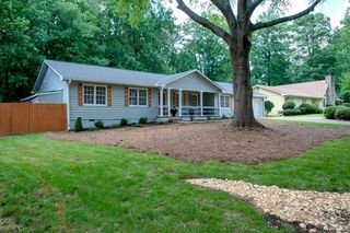 Awe Inspiring 30008 Real Estate Homes For Sale Estately Home Interior And Landscaping Elinuenasavecom