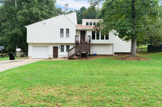 6736 Galts Ferry Road - Photo 1 of 31
