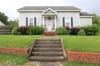 409 South Dooly St