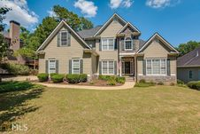 134 Misty Valley Dr