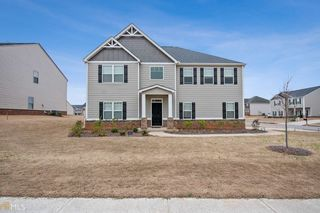 405 Silver Willow Walk
