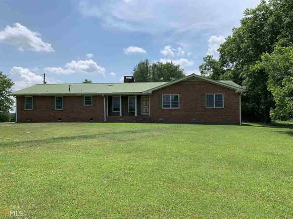 1028 Brown Brothers Rd - Photo 1 of 28