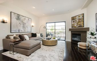 8788 Shoreham Drive Unit 32