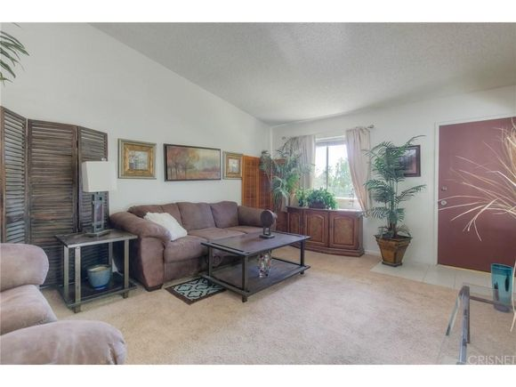 See all homes in Chatsworth, Los Angeles