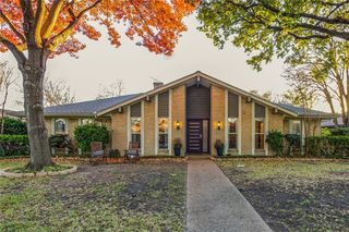 902 Windsong Trail