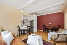 60 West 68th Street Unit 8G