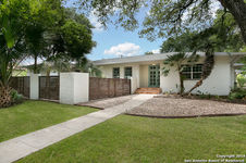 825 EVENTIDE DR