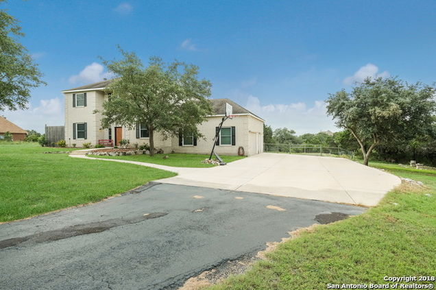 1120 Pinnacle Pkwy, New Braunfels, TX 78132 - MLS# 1372406