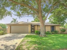 5910 Butterfly Circle