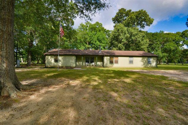 40 Oak Leaf Drive - Photo 1 of 1