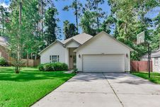 13921 Dolphin Drive